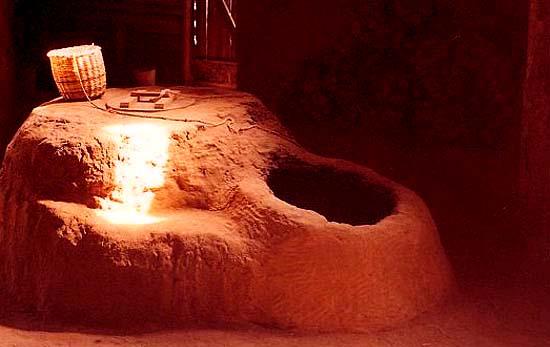 Аркаим. Металлургическая печь, реконструкция.